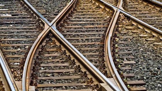 Are your Tracks Pointing toward Success?